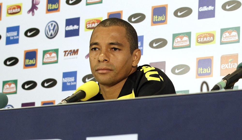 Gilberto Silva Delivers His Title Prediction As He Names His FIVE Contenders
